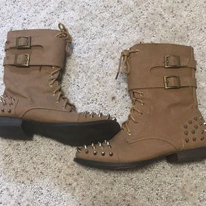 Wet Seal zip-up Studded Combat Boots wth laces Sz7